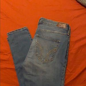 Hollister mid-rise super skinny jeans